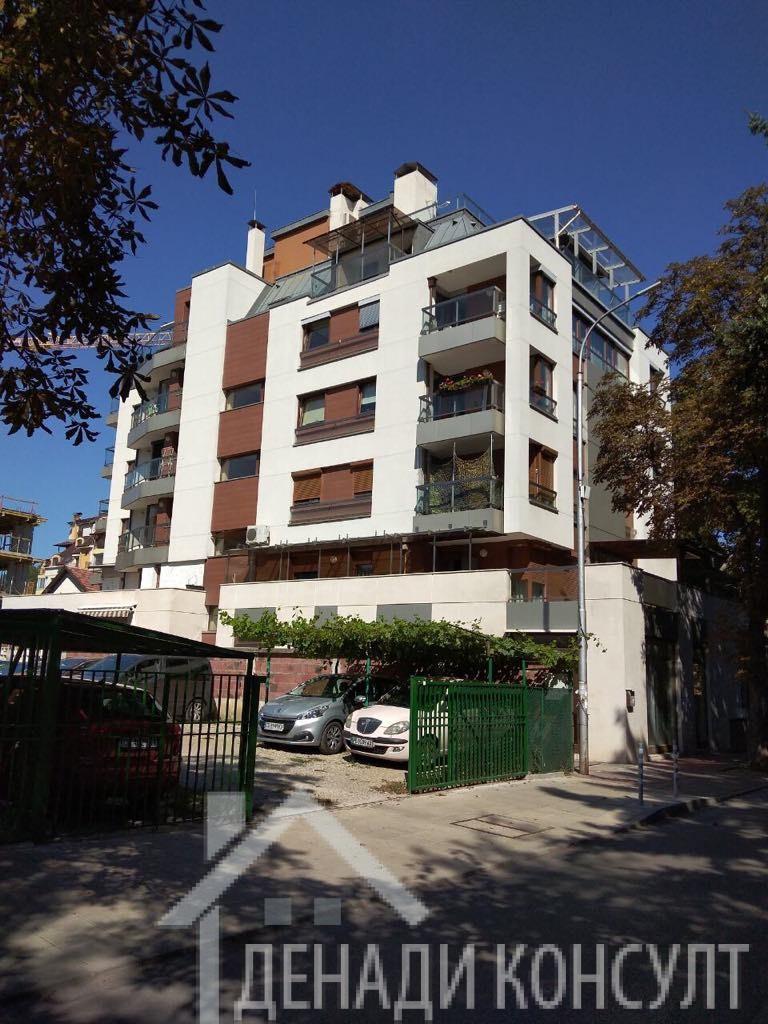 Луксозен многостаен апартамент в сърцето на Лозенец
