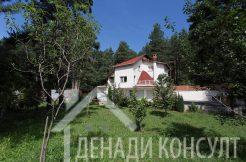 Къща на 20км от София