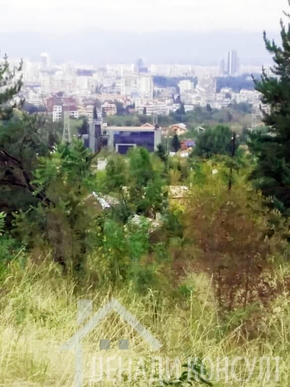 Атрактивен панорамен парцел в Бояна